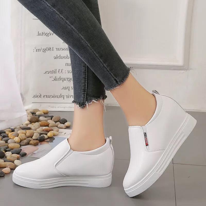 Giày Slipon nữ MWC NUSL- 1553