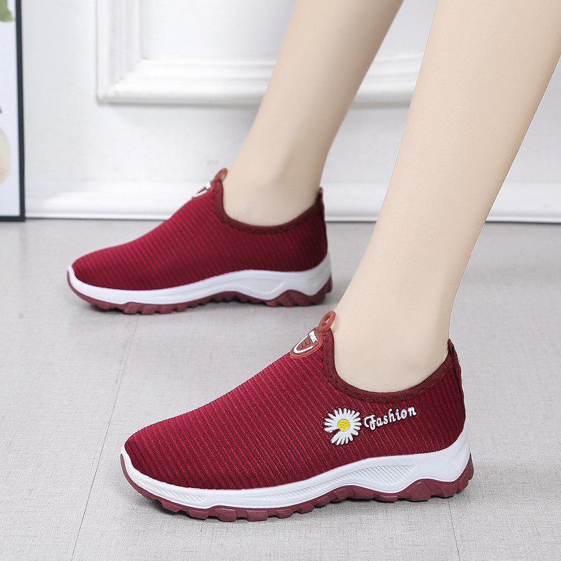 Giày Slipon nữ MWC NUSL- 1571
