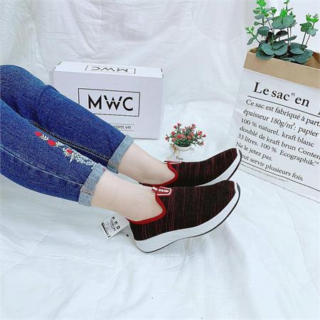 Giày Slipon nữ MWC NUSL- 1563