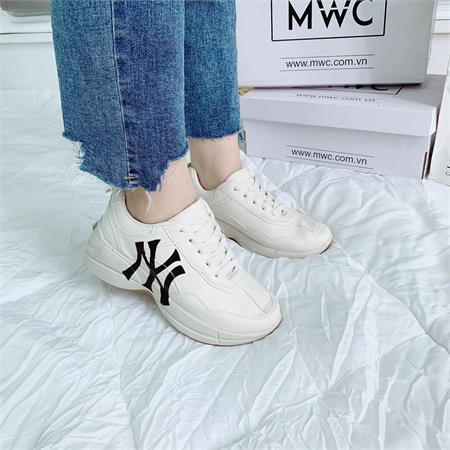 Giày thể thao nữ MWC NUTT- 0340