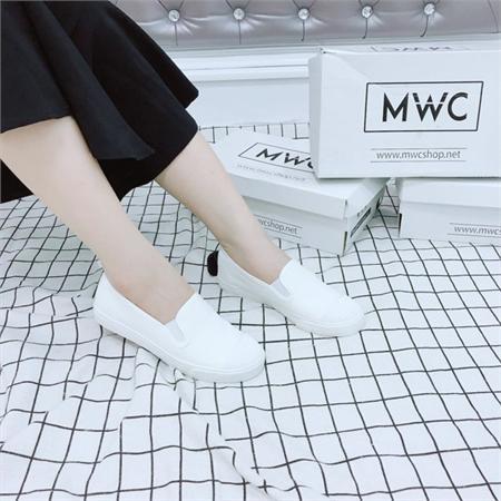 Giày Slipon nữ MWC NUSL- 1545